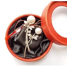 (ABSL05-ACGL01) Martisor brosa eleganta cu perle 1