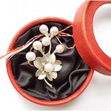 (ABSL05-ACGL01) Martisor brosa eleganta cu perle 3