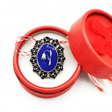 (ABGS50-ACGS01) Martisor brosa Simbol Traditional in cutiuta