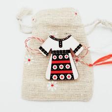 "ABLM01-AY30 Martisor brosa Eco Lemn ""Costum Popular"" in saculet"